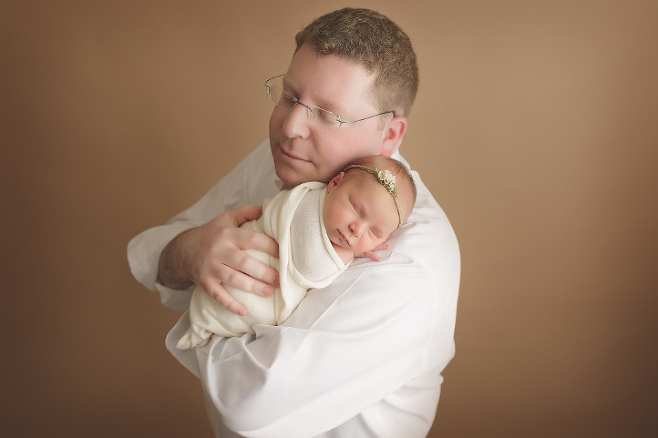 hartford county newborn photographer